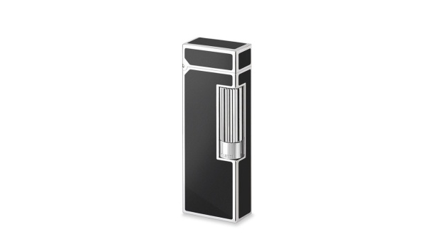black lacquer rollagas lighter